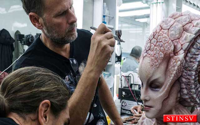 Academy Award Februari 2017 dengan kategori make up anda hairstyling